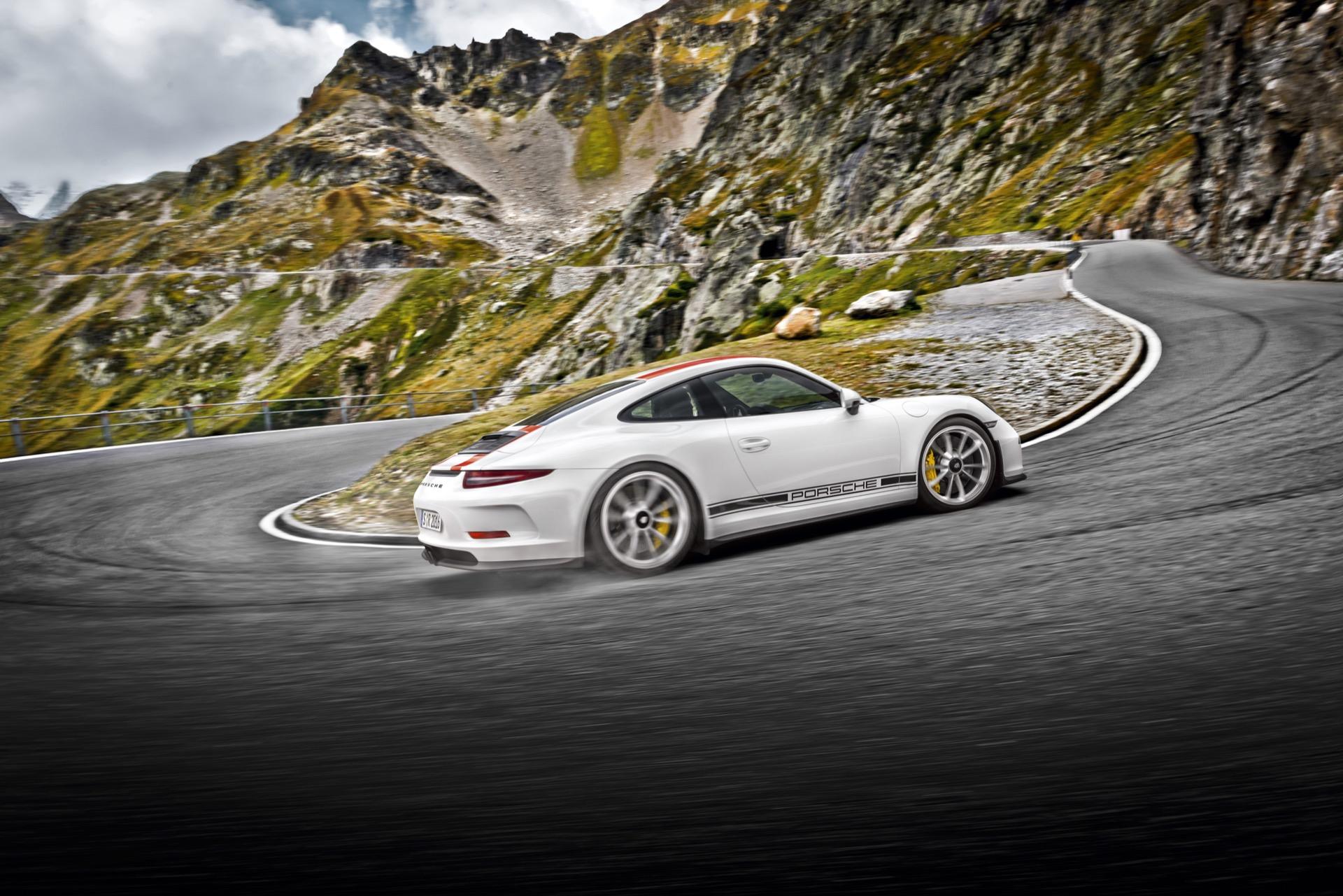 Porsche 911 991 2 R 2016