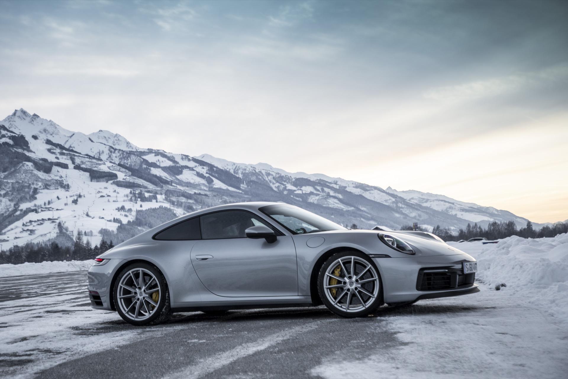 Porsche 911 992 00001