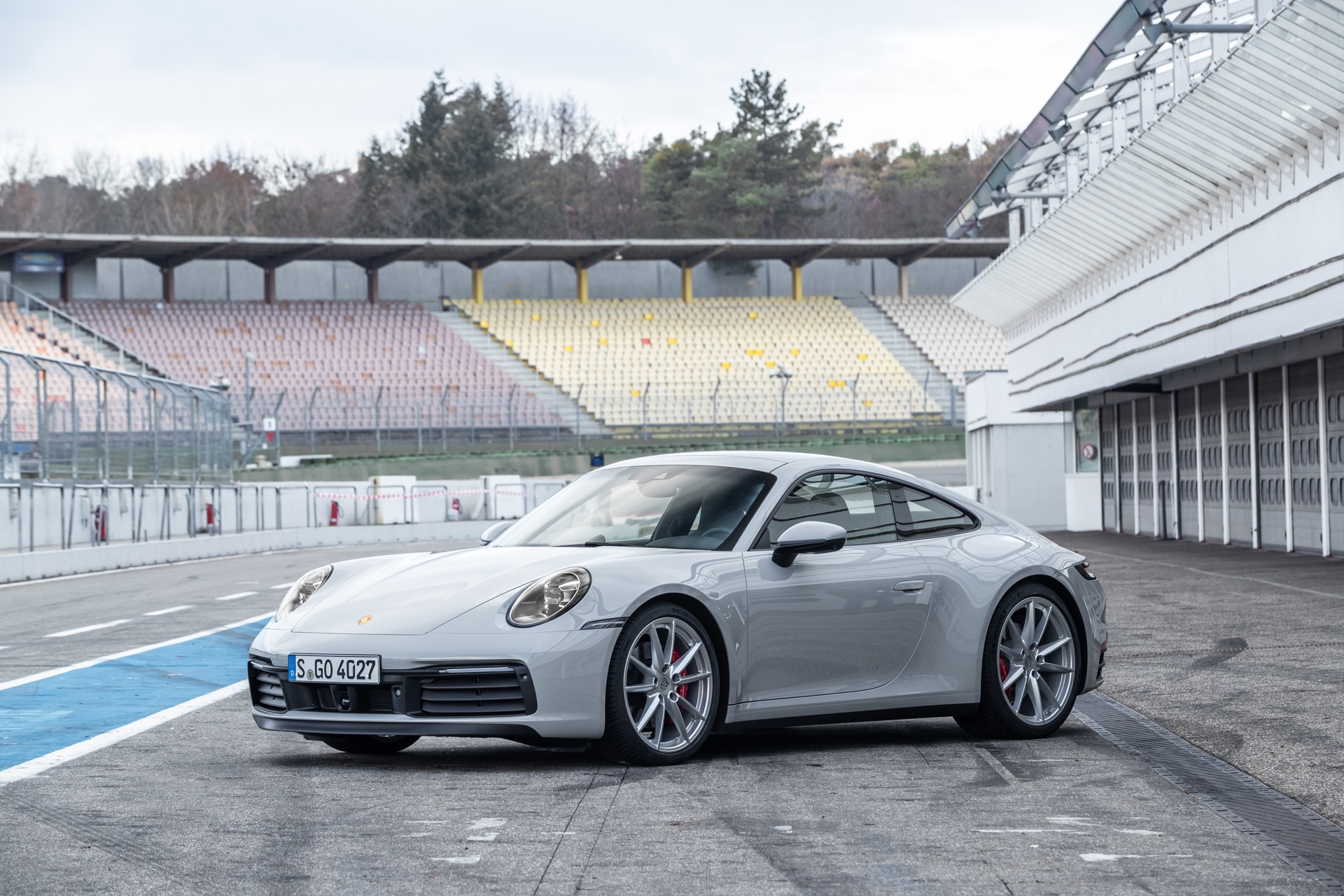 Porsche 911 992 00002
