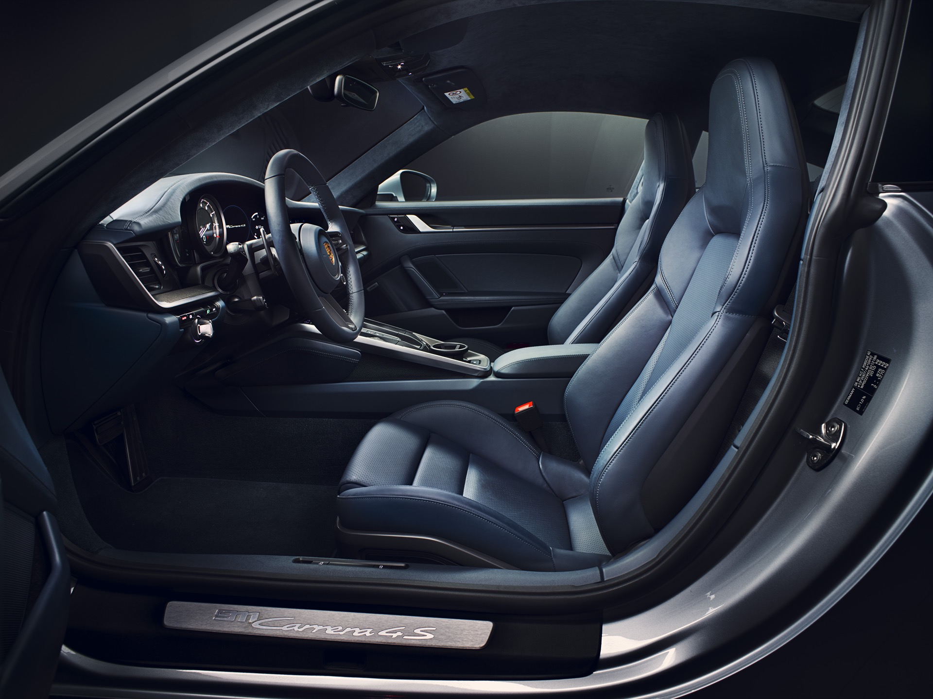 Porsche 911 992 00012