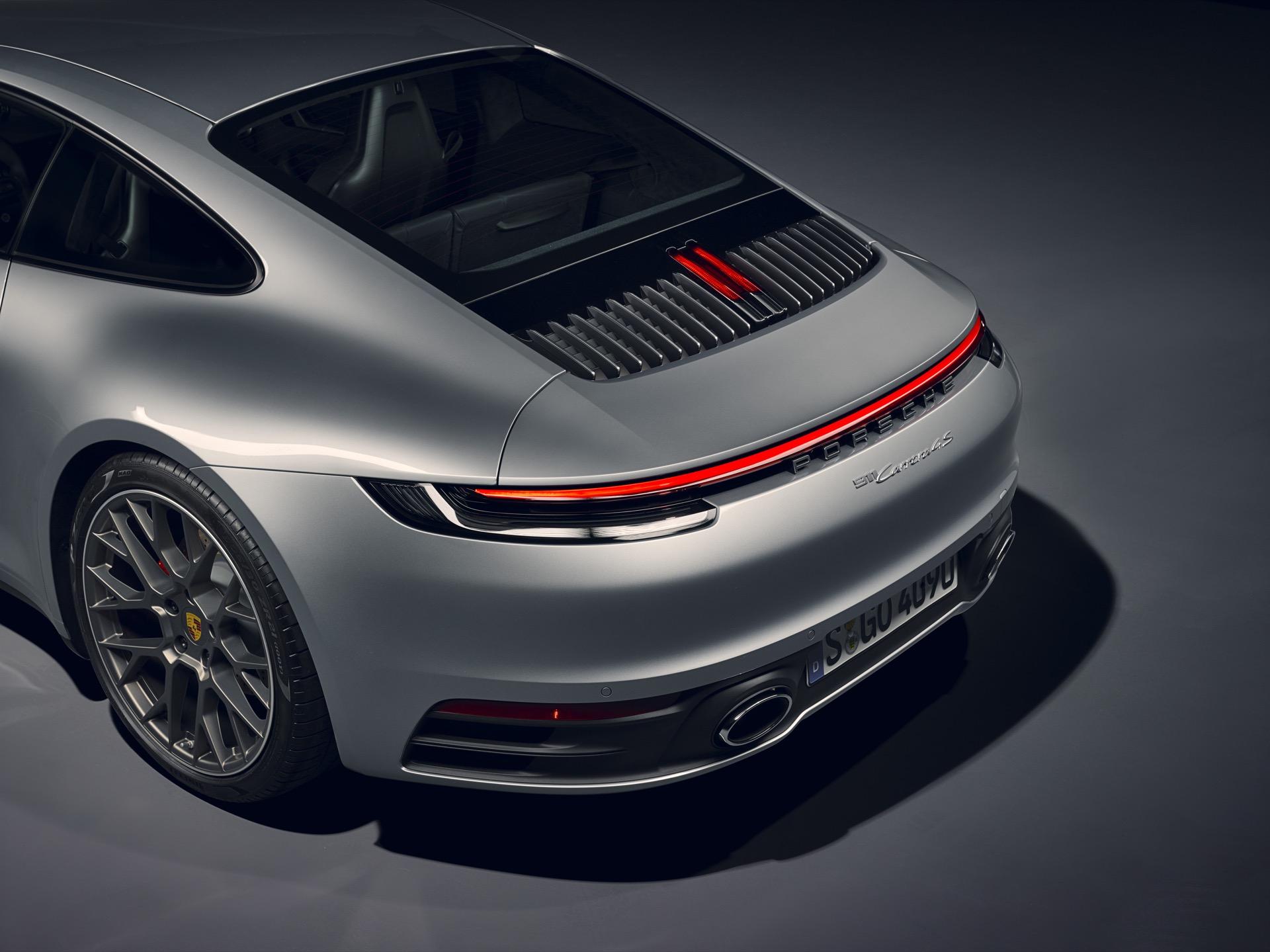 Porsche 911 992 00015