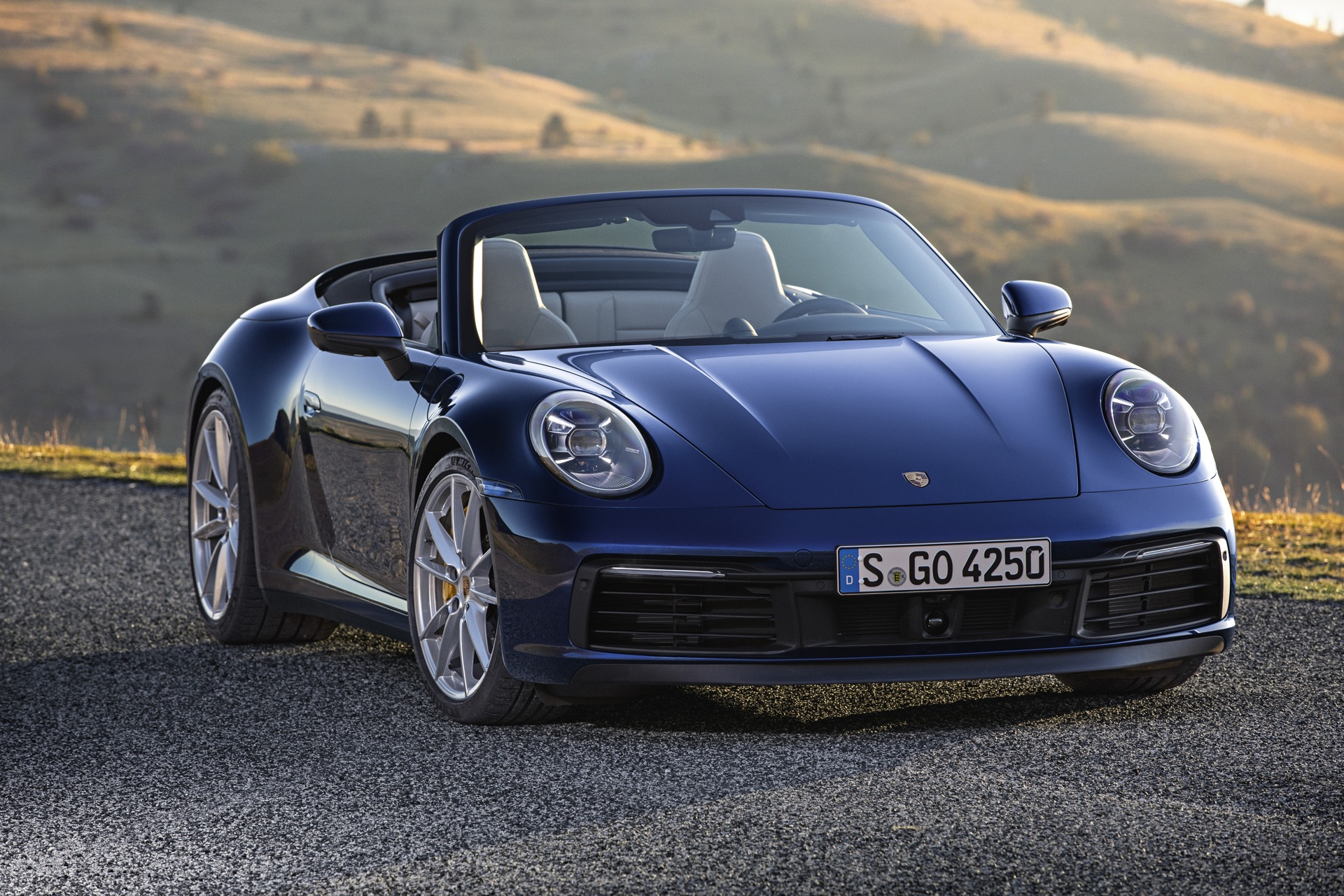 Porsche 911 992 00016
