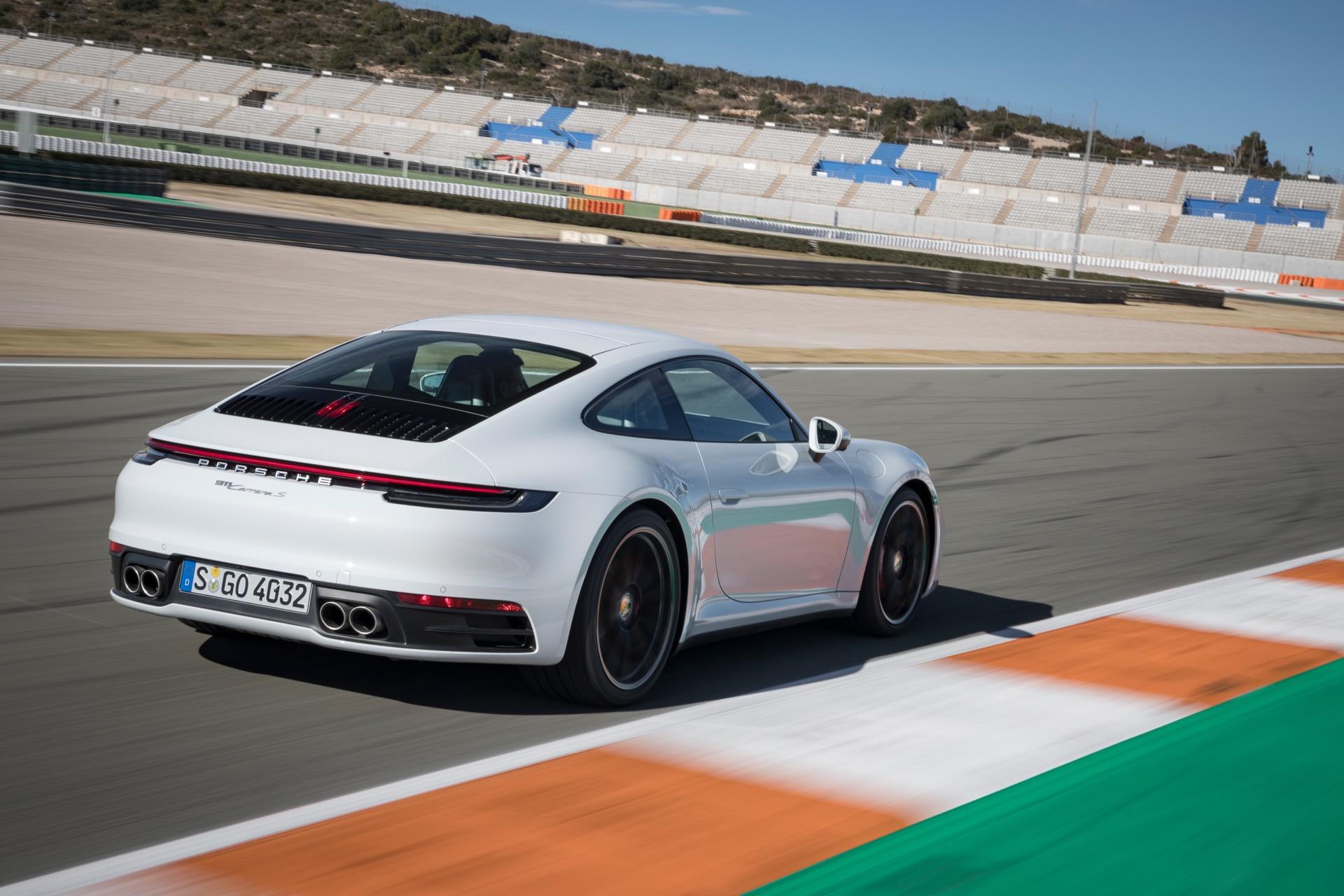 Porsche 911 992 00021