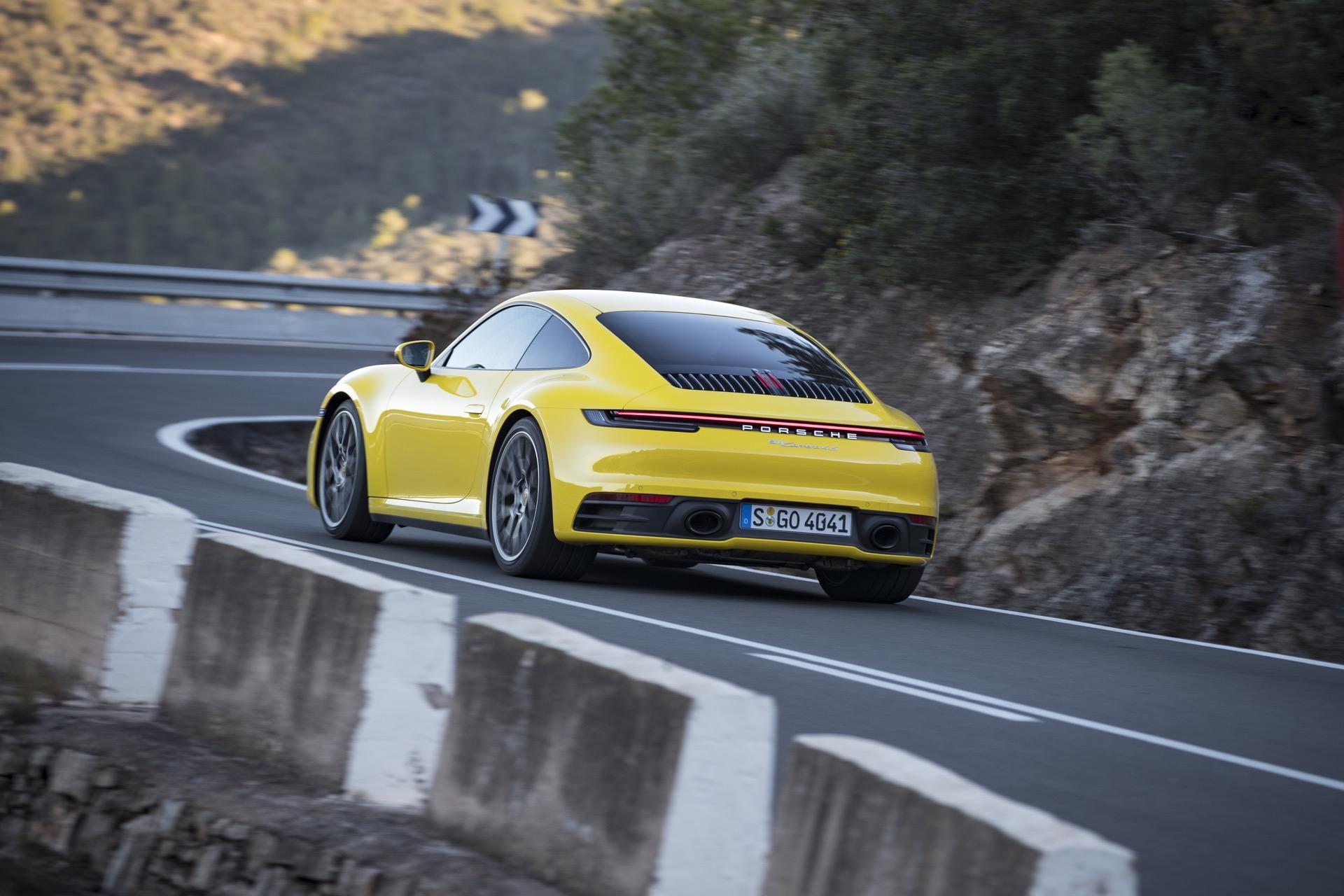 Porsche 911 992 00022