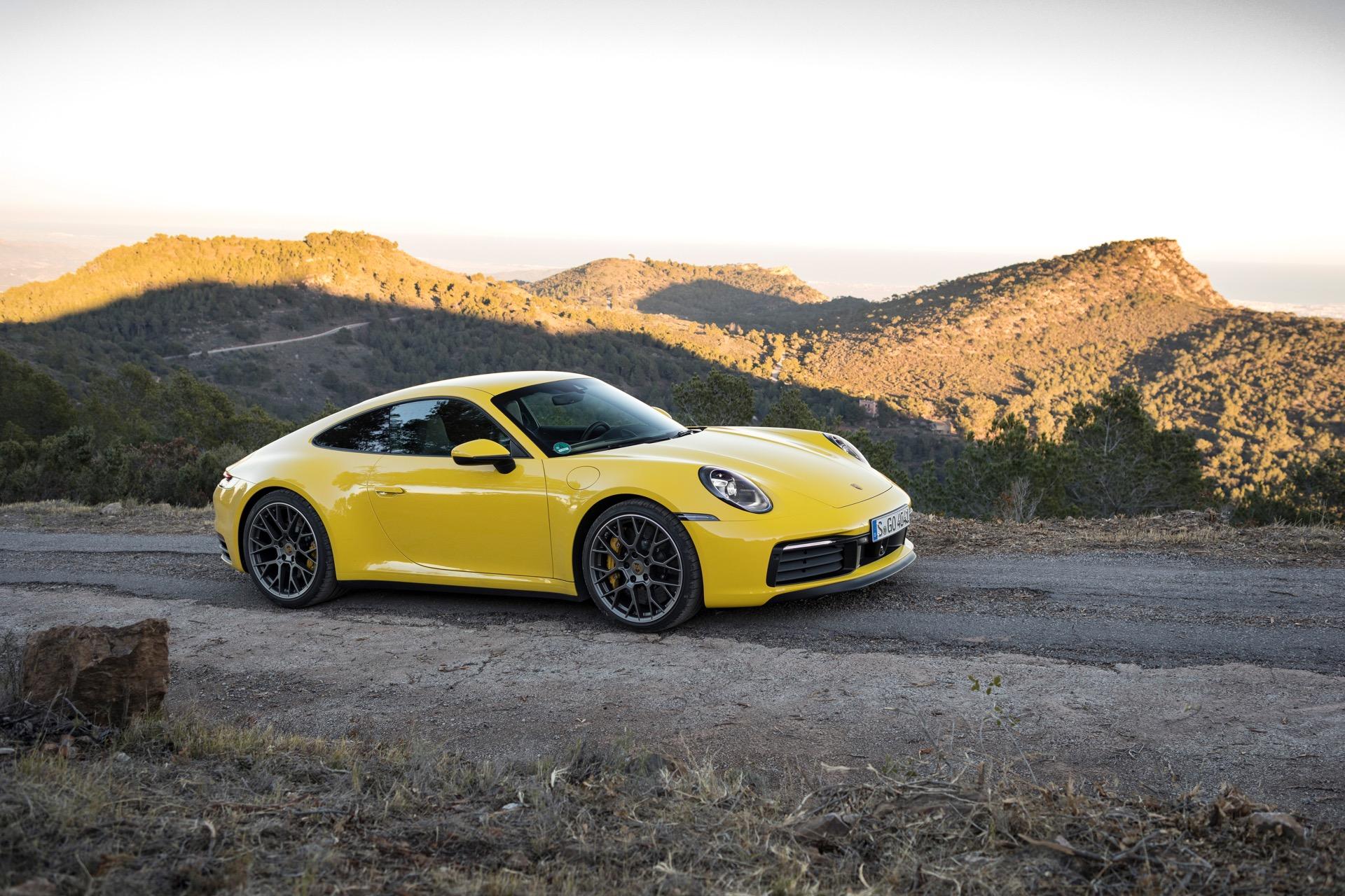 Porsche 911 992 00023