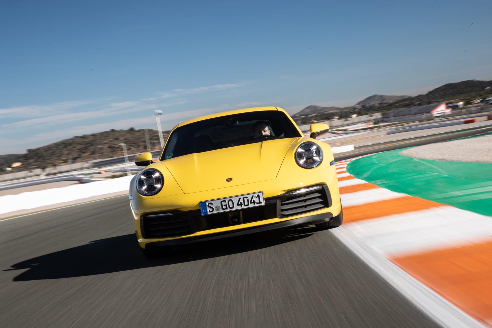 Porsche 911 992 00028