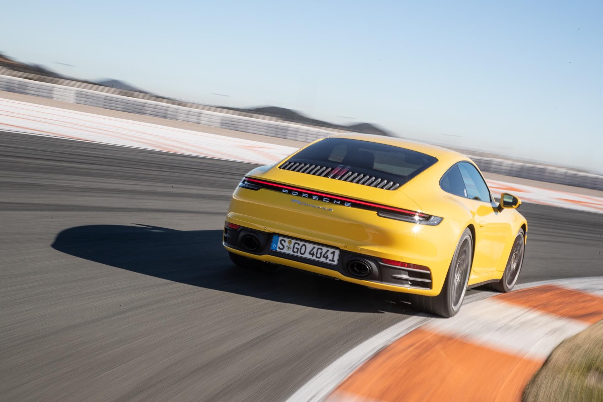 Porsche 911 992 00030