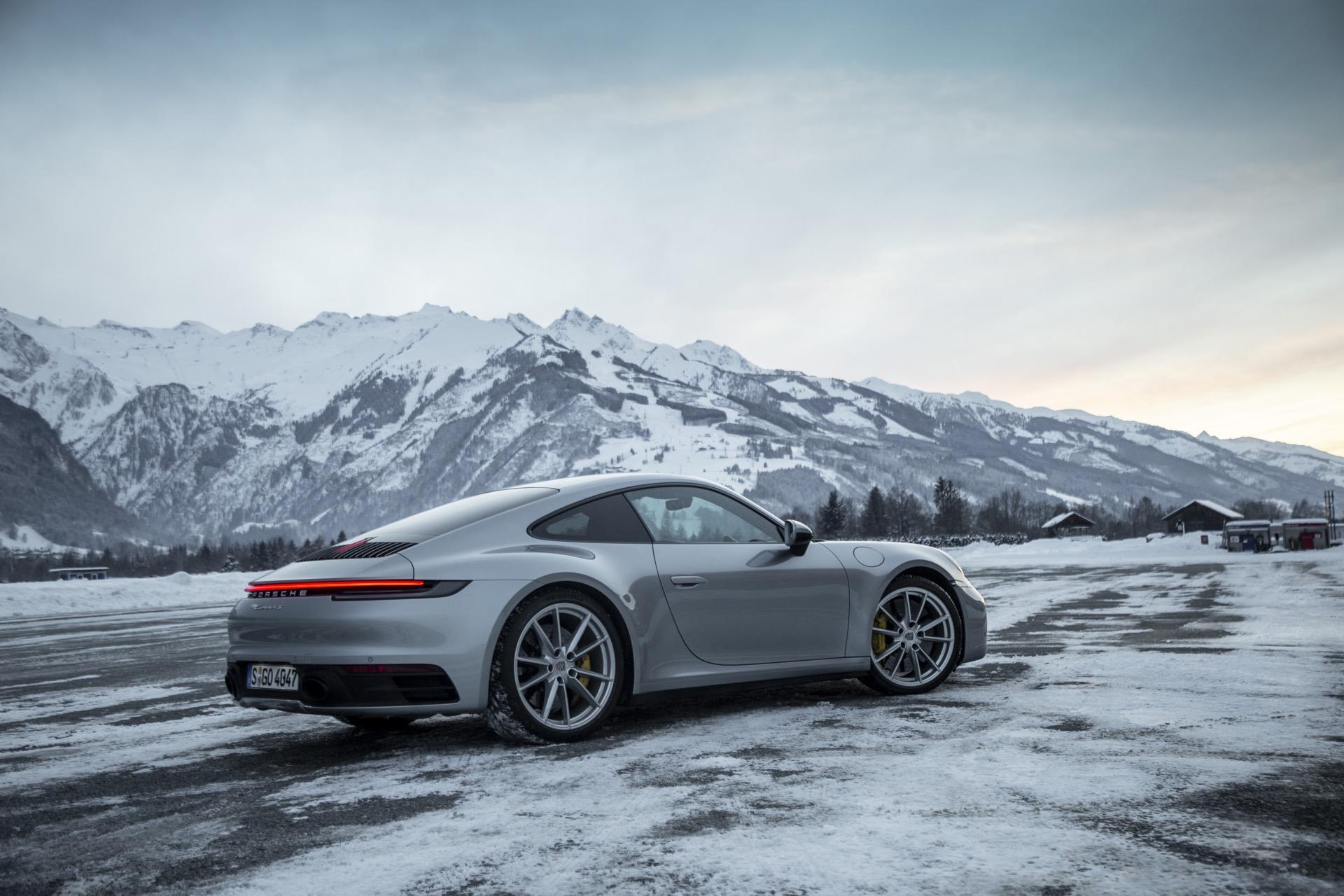 Porsche 911 992 00031