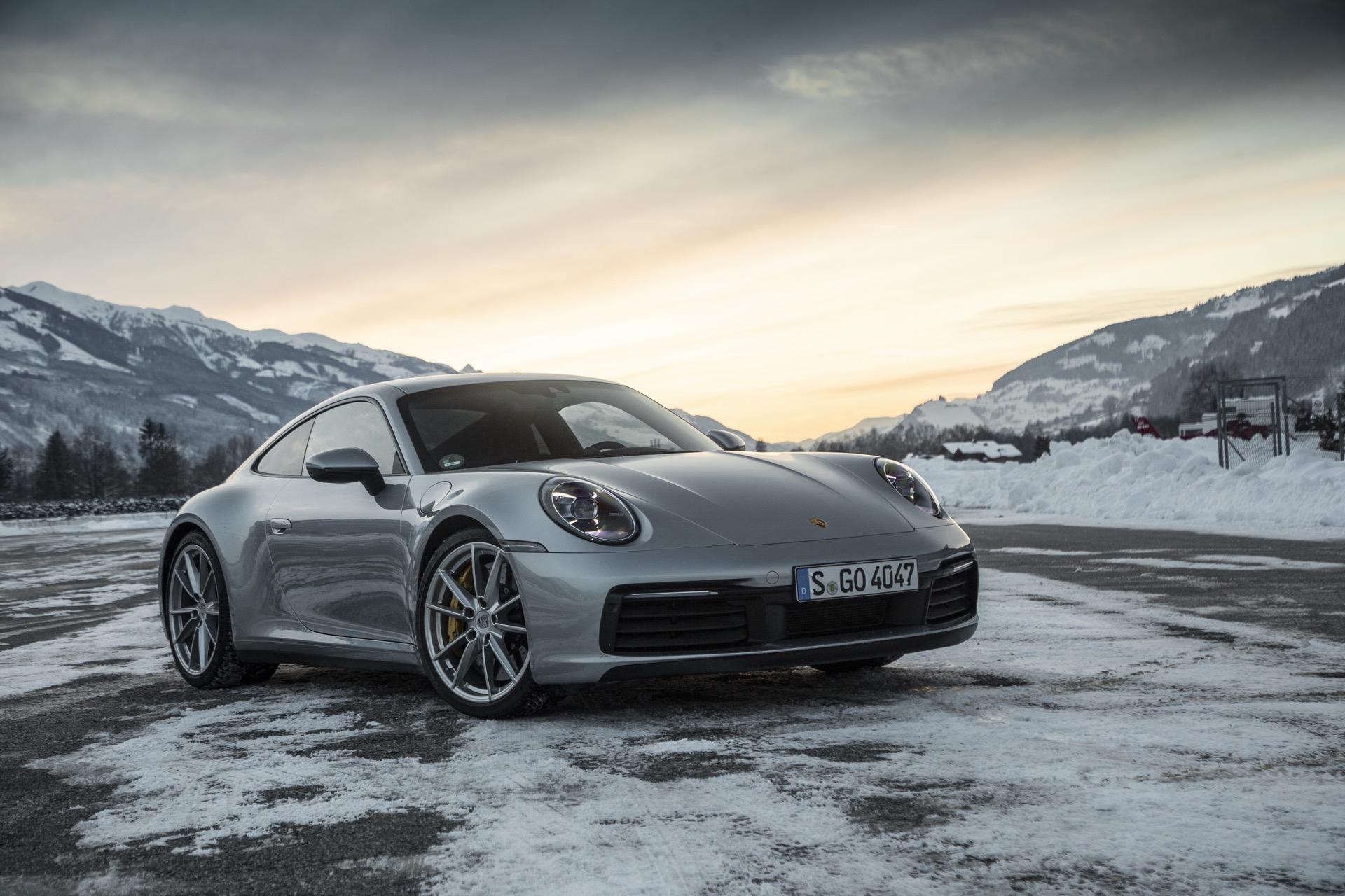 Porsche 911 992 00033