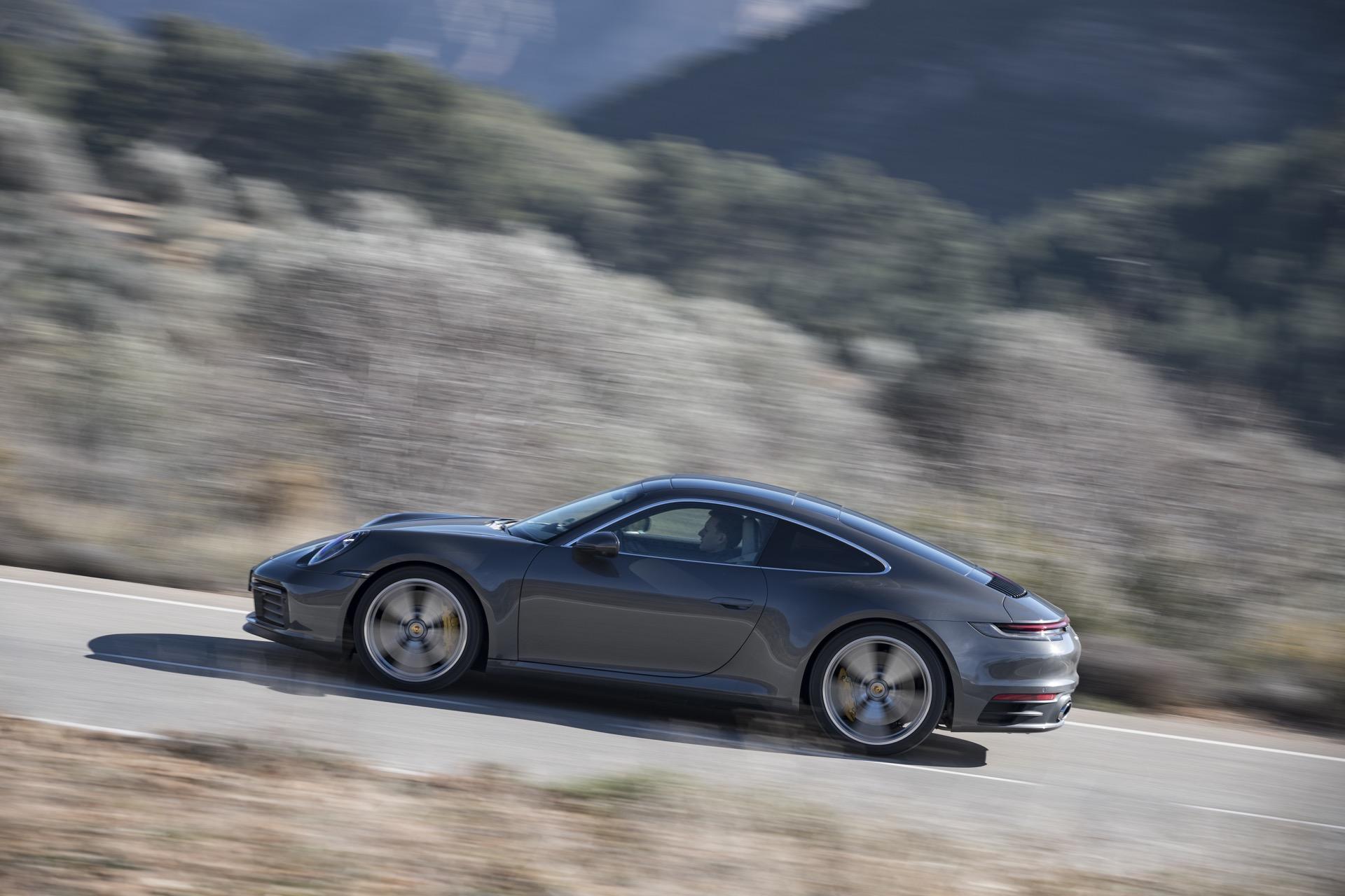 Porsche 911 992 Carrera S 00003