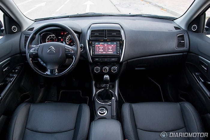 citroen-c4-aircross-interior-01-dm-700px.jpg
