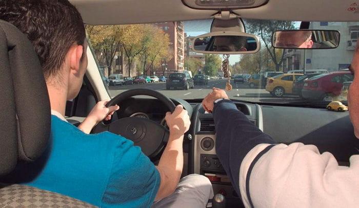 Las primeras trampas del nuevo examen de conducir