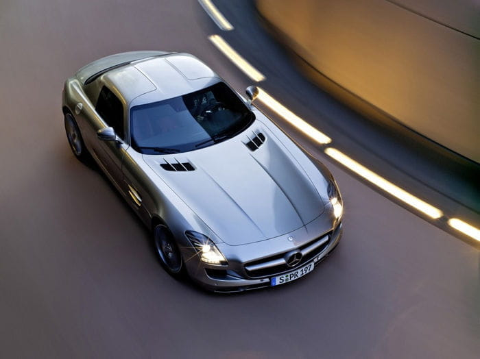 Mercedes_SLS_700_2.jpg