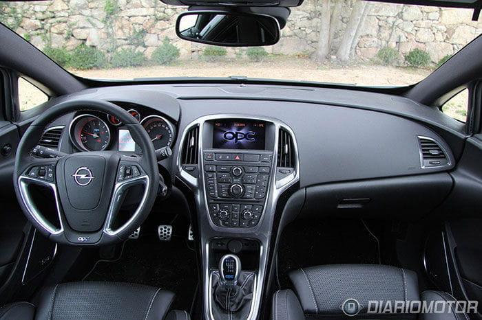 Fotos del Opel Astra OPC, toma de contacto en Vigo