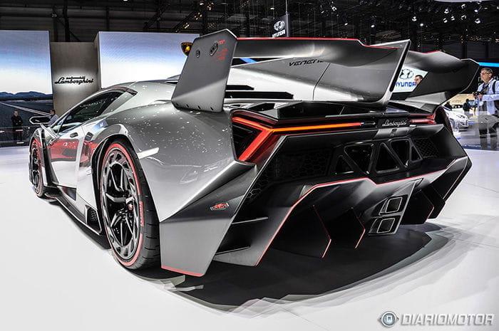 Veneno Lamborghini La Vuelve A Liar En El Sal 243 N De