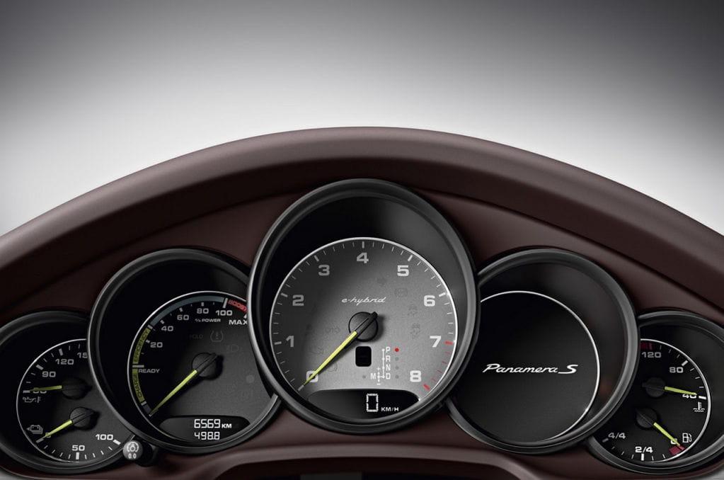 Новая Porsche Panamera: первые фот…