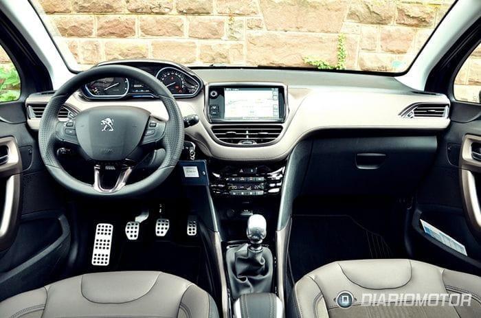 Peugeot 2008, presentación y prueba en Alsacia: el 208 crece para convertirse en SUV