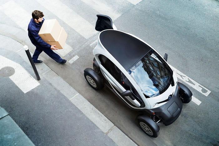 Más allá de la sustitución del asiento trasero por un nuevo espacio de carga de 180 litros, el Renault Twizy Cargo se mantiene intacto.