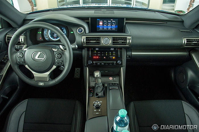 Presentación del Lexus IS