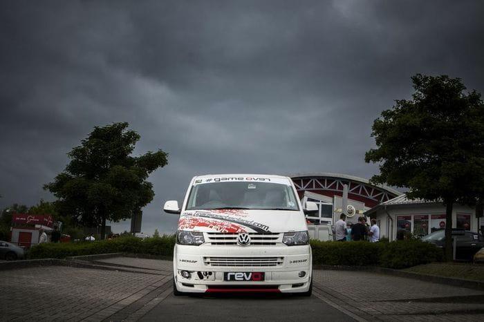 Revo Technik bate el récord de vehículos comerciales en el Infierno Verde con una Volkswagen Transporter T5