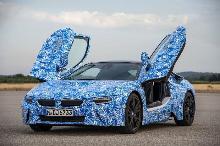Un nuevo adelanto del BMW i8 de producción antes de su presentación