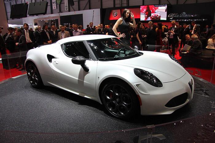 Alfa Romeo 4C: un futuro con nuevas ópticas, una versión más radical y una variante targa