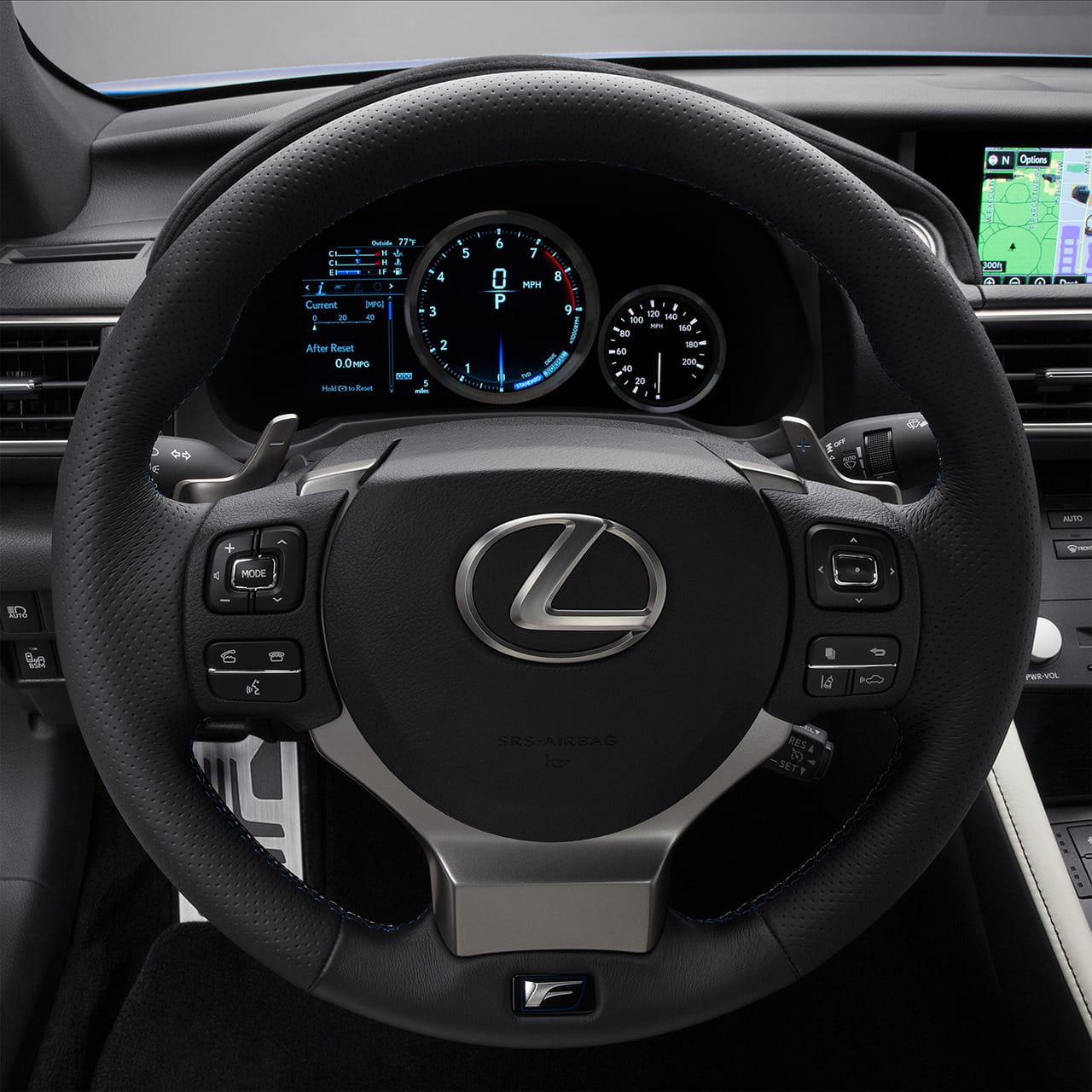 2015_Lexus_RC_F_034