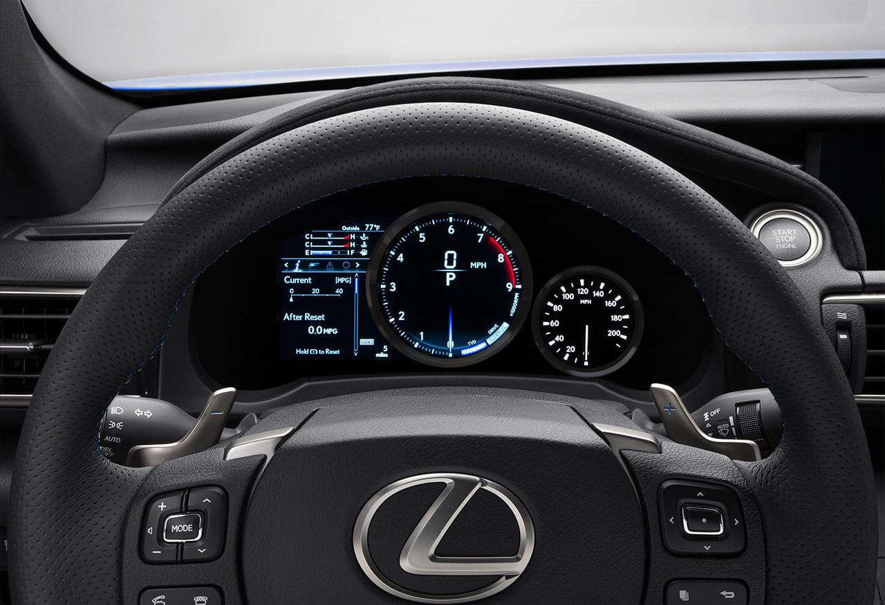 2015_Lexus_RC_F_035