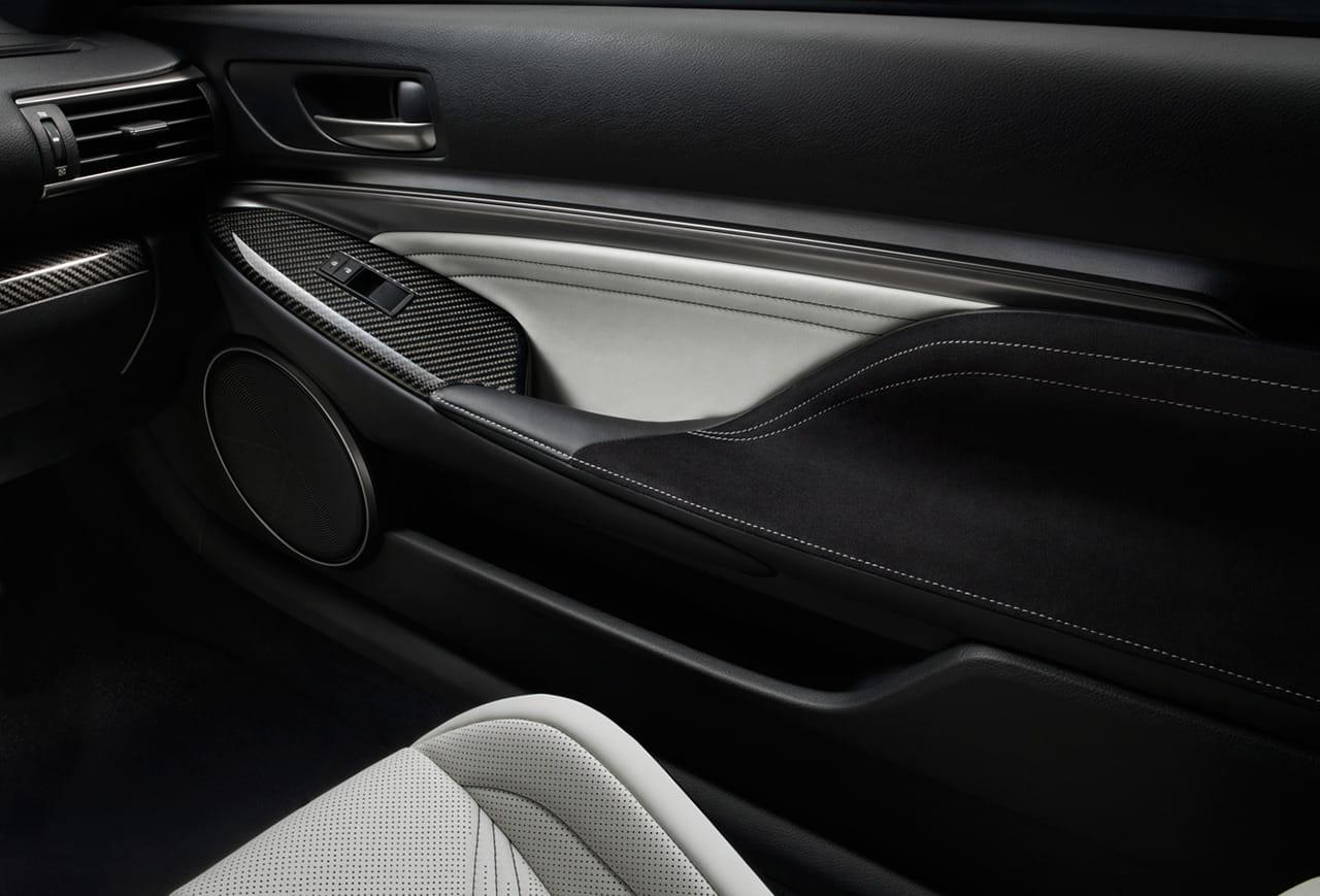 2015_Lexus_RC_F_055