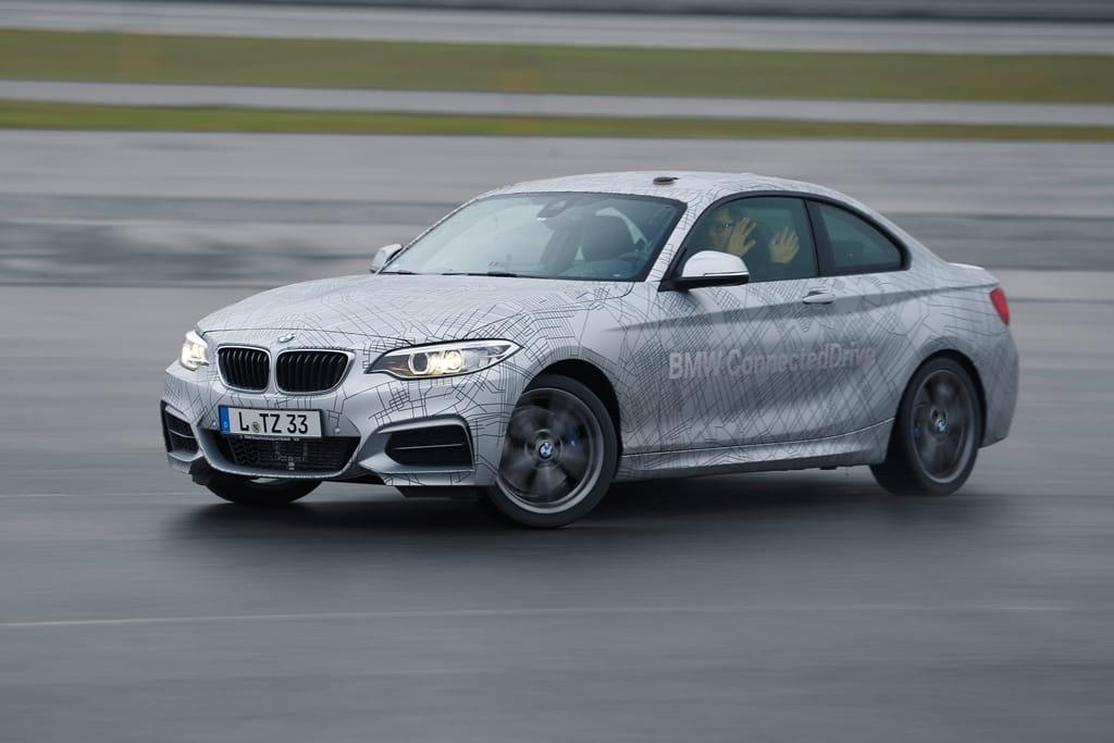 A BMW se le va la cabeza con la conducción autónoma ¿en circuito?