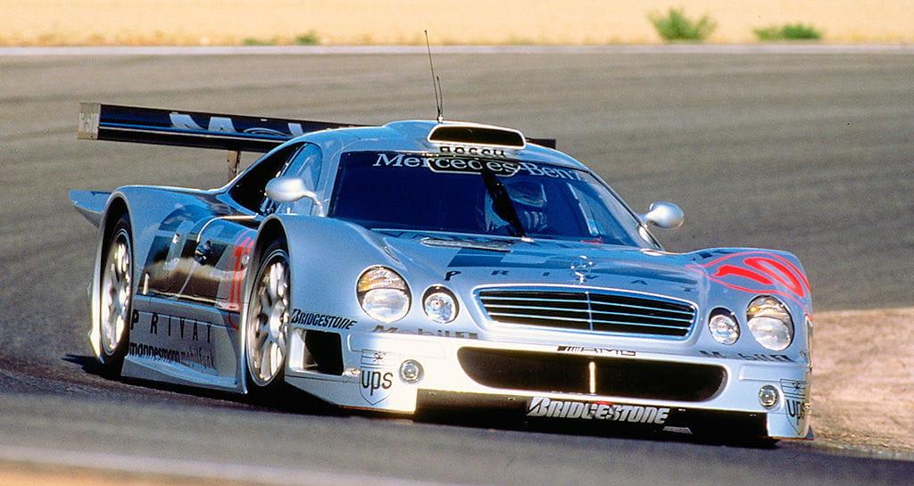 Porsche 911 GT1 y Mercedes CLK GTR