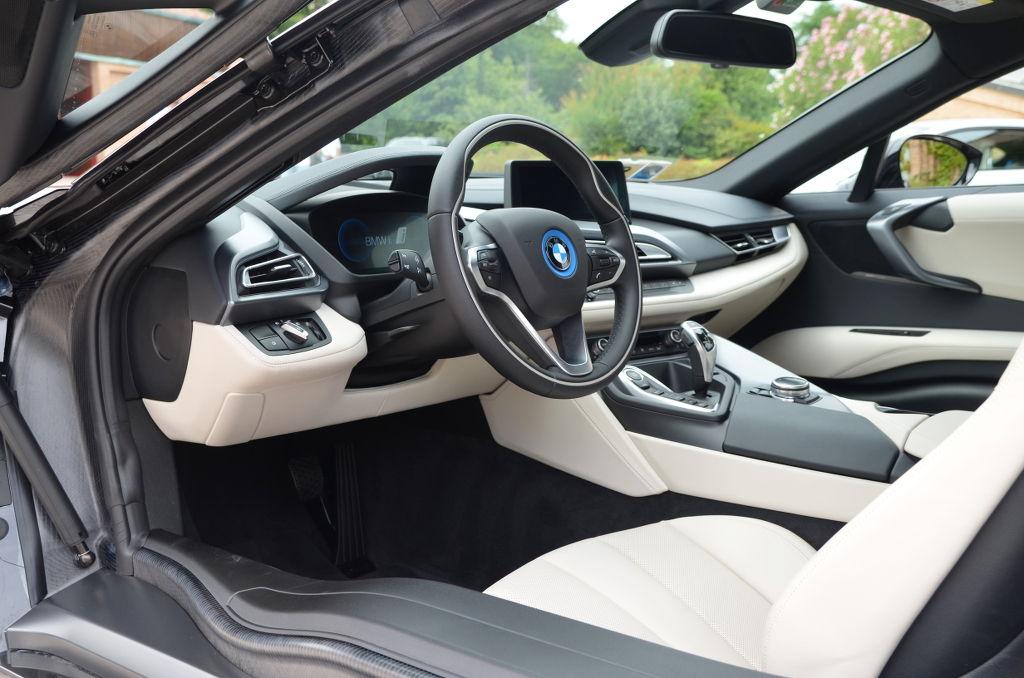 BMW_i8_prueba_DM_AP_mdm_30_h2_interior.JPG