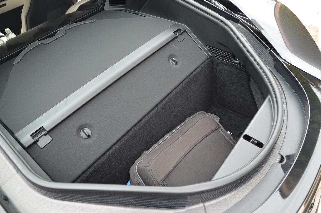 BMW_i8_prueba_DM_AP_mdm_35_interior_4.JPG