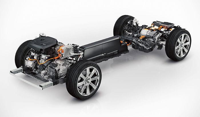 Nuevo Volvo XC 90, confirmadas sus motores: llegará con un motor híbrido... de 400 caballos