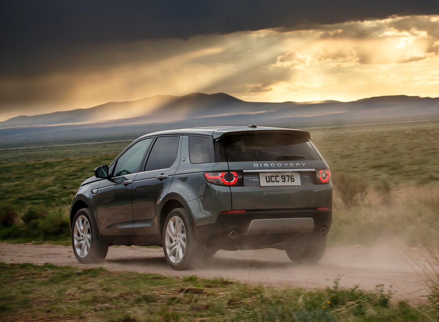 land rover discovery sport precios prueba ficha t cnica fotos y noticias diariomotor. Black Bedroom Furniture Sets. Home Design Ideas
