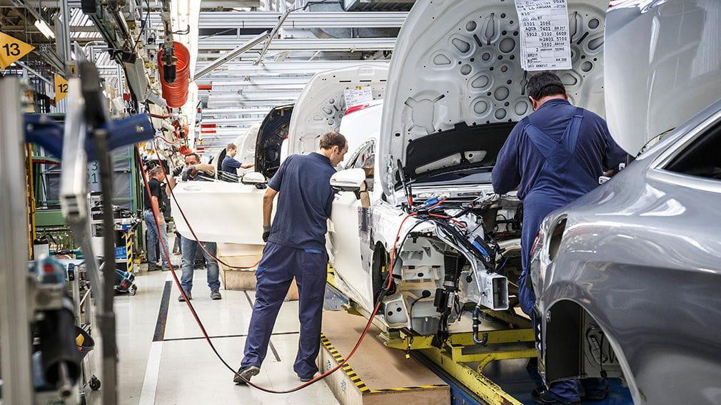 Mercedes-Benz y su producción