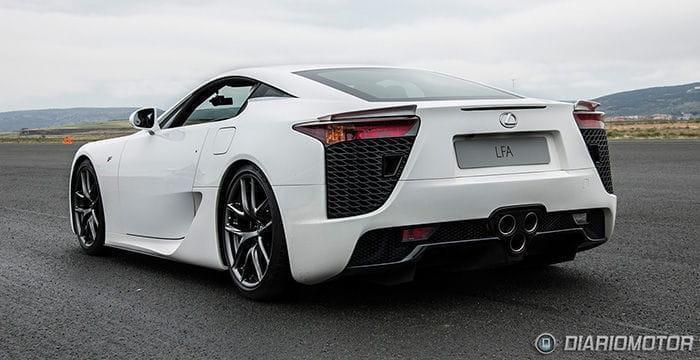 ¿Por qué los modelos deportivos de Lexus llevan una F en el nombre?