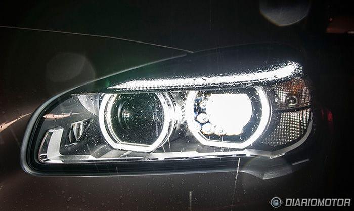 BMW Serie 2 Active Tourer y sus faros LED con contenido ampliado, ¿qué demonios significa eso?