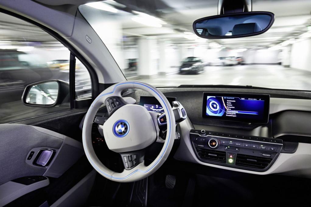BMW presenta en el CES su sistema de aparcamiento autónomo ...