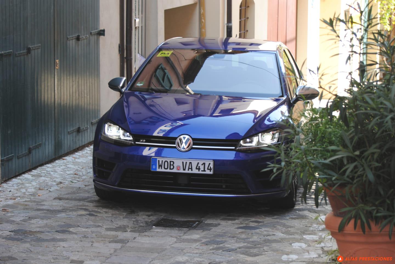 Volkswagen_Golf_R_san_marino_DM_mapdm_6