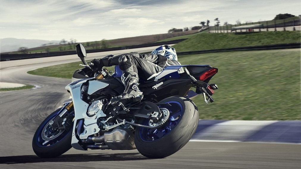 Yamaha YZF-R1 2015: una afilada y precisa katana de 20.900€