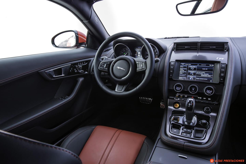 Interior Jaguar F-Type R Coupé