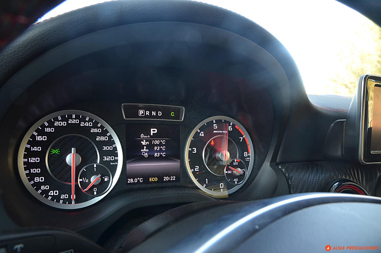 Instrumentación Mercedes A45 AMG