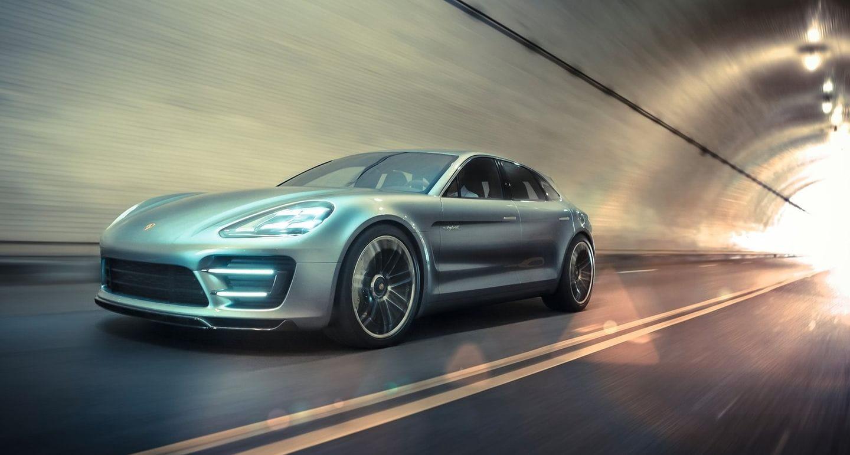 Porsche lo tiene claro: hay que frenar a Tesla con una berlina eléctrica