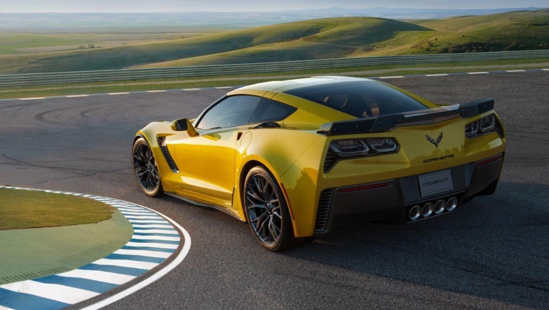 ¡Marchando una de engaños virales! Corvette Z06 y Mustang GT350R con guarnición de Nürburgring