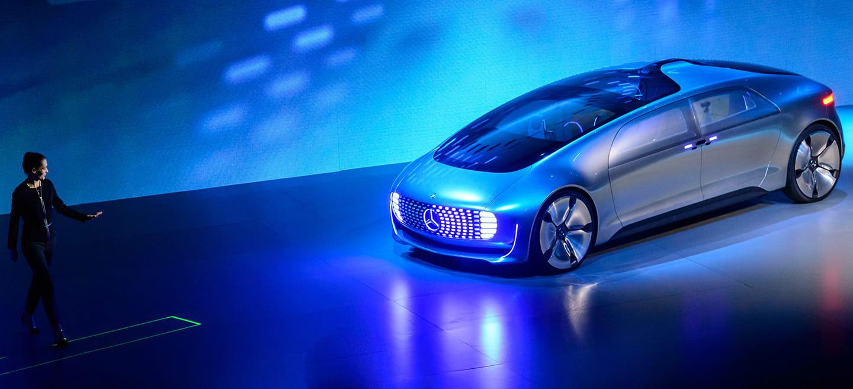 Mercedes F 015 Luxury in Motion: la belleza, por suerte, está en su interior