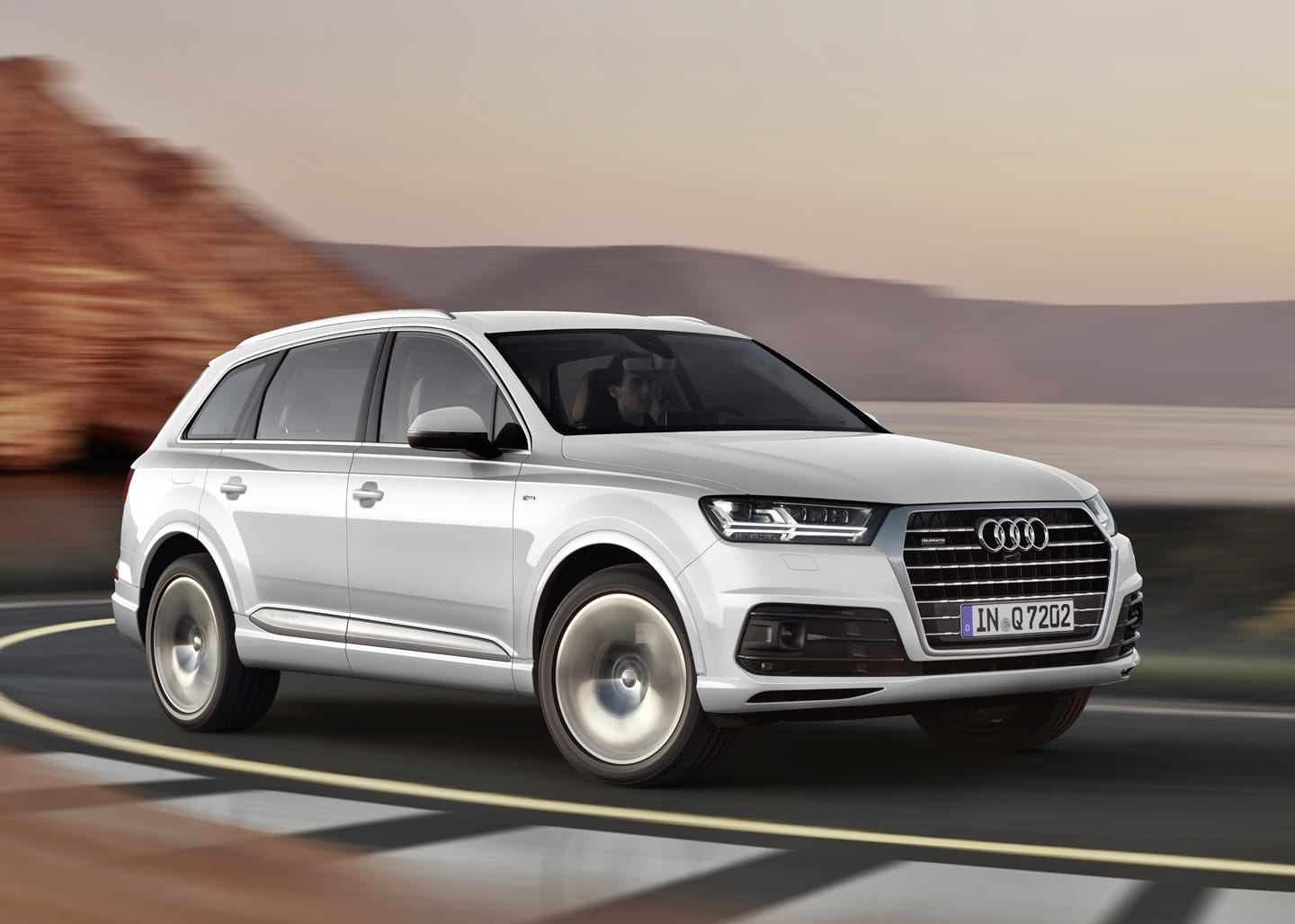 prep rate cayenne el audi rs q7 est en camino diariomotor. Black Bedroom Furniture Sets. Home Design Ideas
