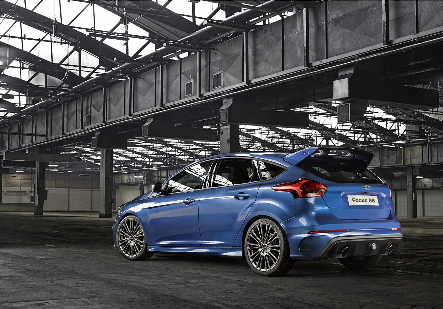 ford-focus-rs-2015-03-1440px