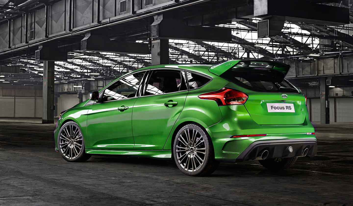 l stima el ford focus rs 2015 luce apabullante en verde pero ford no ofrecer este tono. Black Bedroom Furniture Sets. Home Design Ideas
