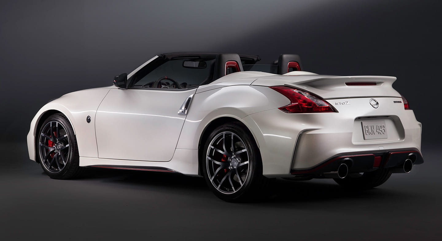 nissan 370z nismo roadster el z nismo se pone el cielo por montera diariomotor. Black Bedroom Furniture Sets. Home Design Ideas